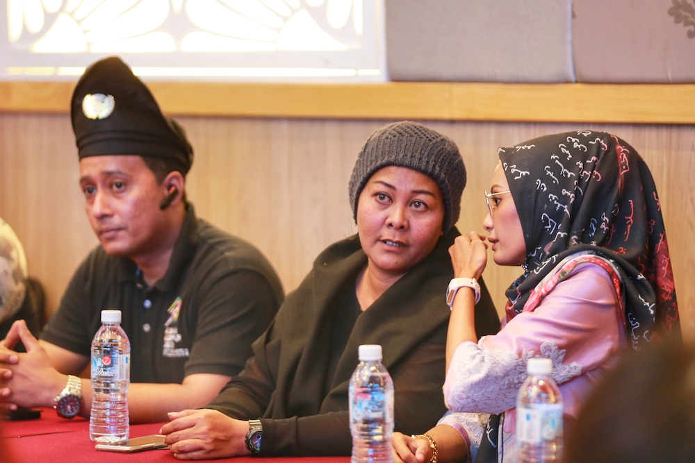 Actress Ellie Suriaty Omar (centre) attends the National Jawi Congress in Petaling Jaya December 29, 2019. — Picture by Ahmad Zamzahuri
