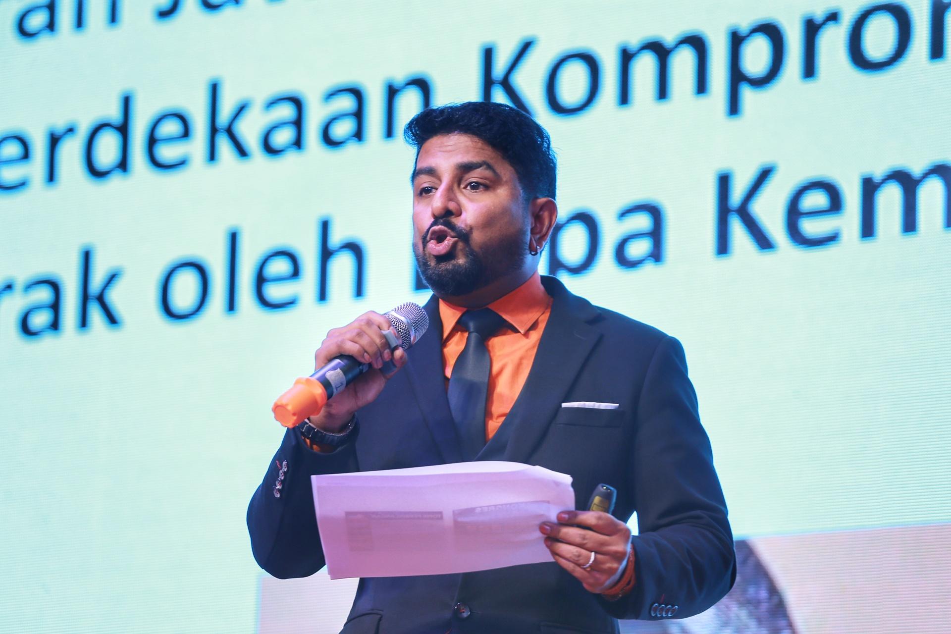 Arun Doraisamy speaks during the National Jawi Congress in Petaling Jaya December 29, 2019. — Picture by Ahmad Zamzahuri