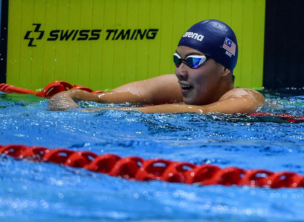 Malaysia's Welson Sim is seen after the 400-metre freestyle final at the 2019 SEA Games in New Clark Centre December 4, 2019. — Bernama pic