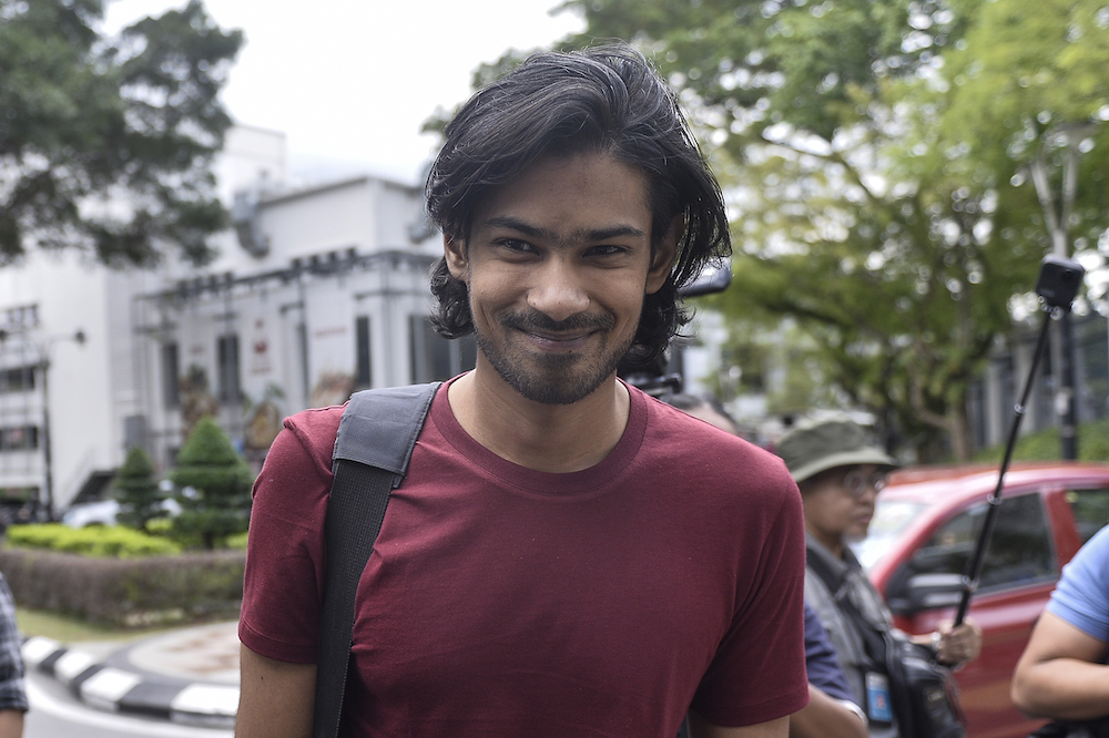 Muhammed Yusoff Rawther arrives at Bukit Aman police headquarters in Kuala Lumpur December 17, 2019. — Picture by Miera Zulyana