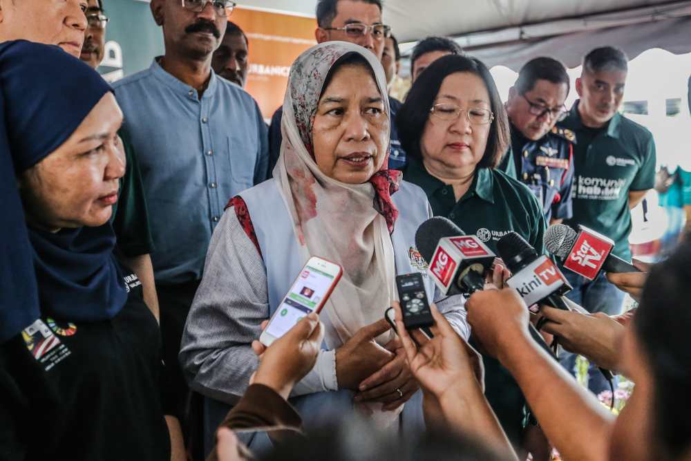 Housing and Local Government Minister Zuraida Kamaruddin speaks to reporters after launching the Taman Dagang Community Hub in Ampang December 14, 2019. ― Picture by Firdaus Latif