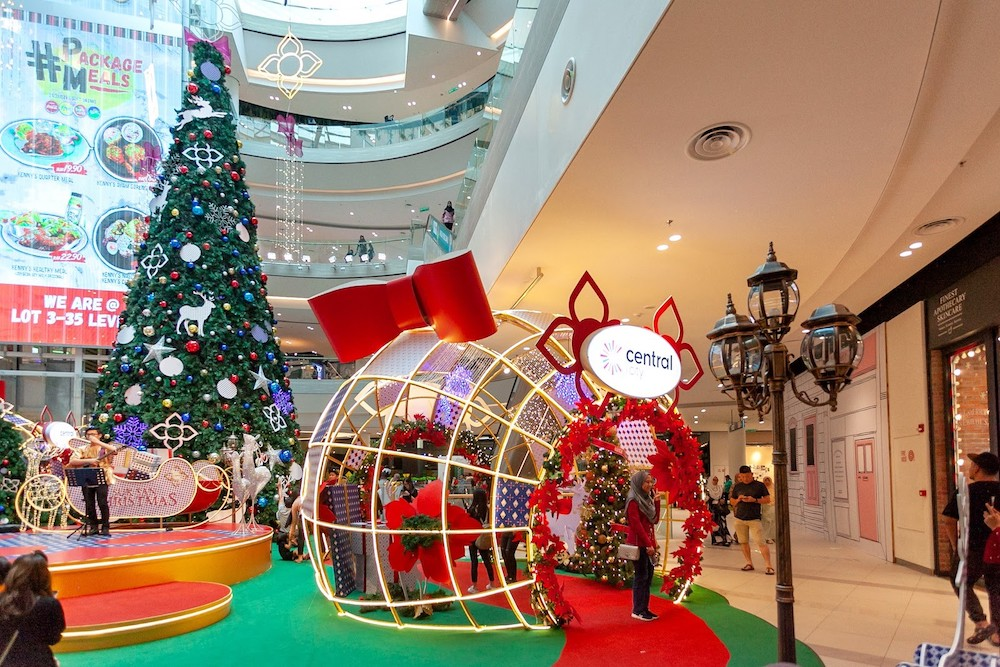 Central i-City Shopping Centre is shaking things up this year with a Thai-inspired Christmas celebration. — Picture courtesy of Central i-City.