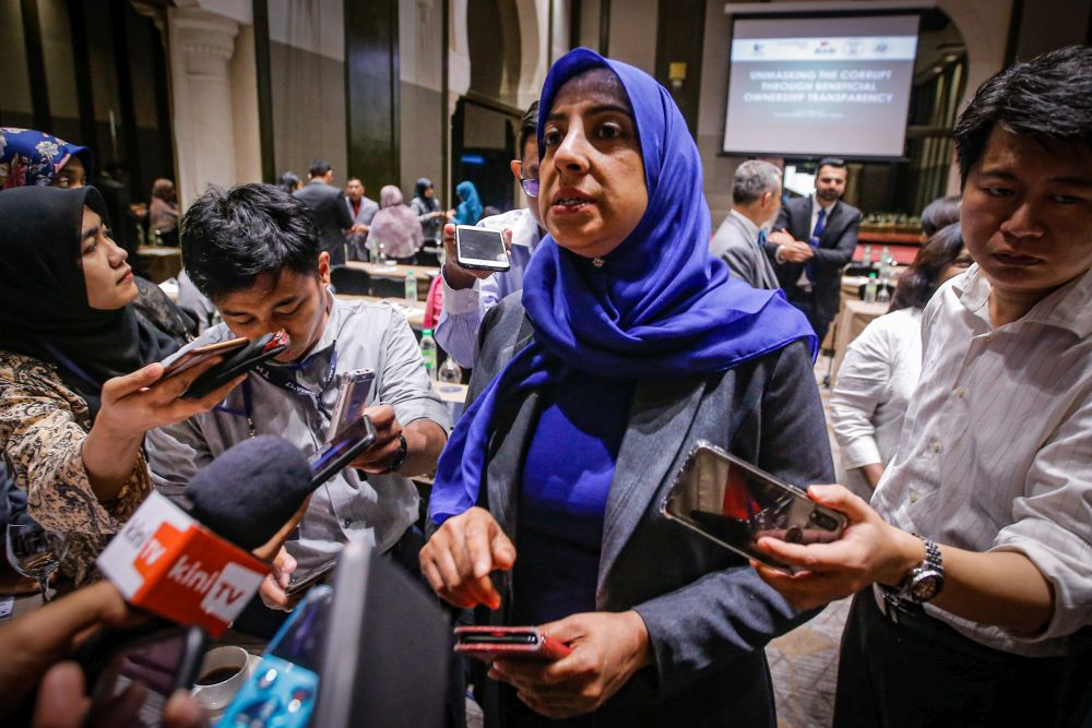 Malaysian Anti-Corruption Commission Chief Commissioner Latheefa Koya speaks to reporters at the Sheraton Imperial Kuala Lumpur Hotel December 12, 2019. — Picture by Hari Anggara