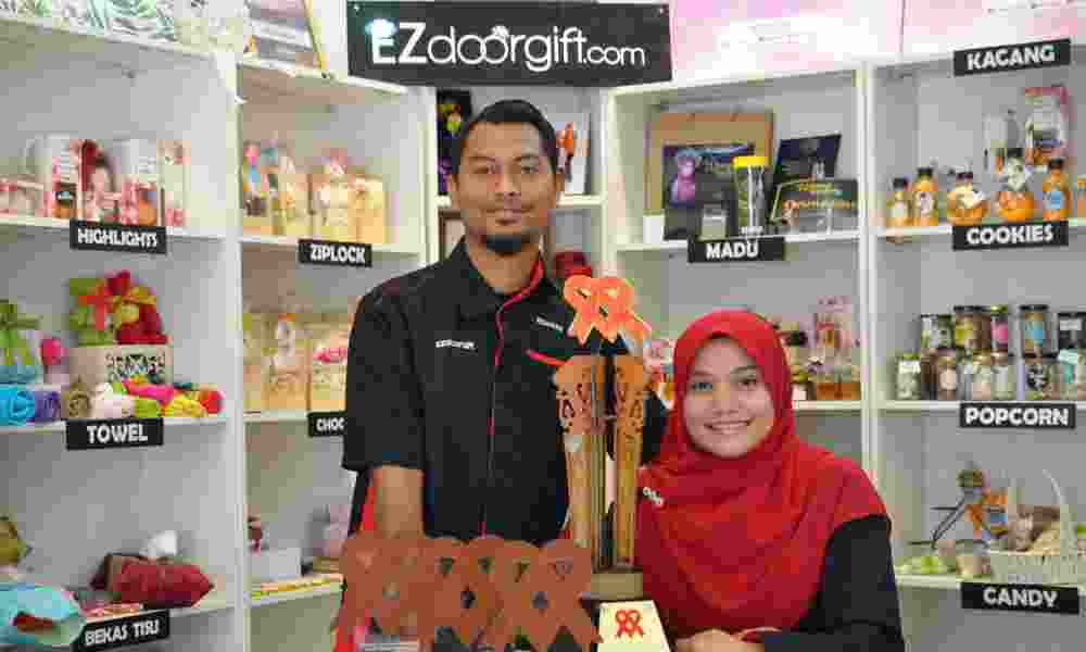 Mohammad and Atiqah shared their insights on what it's like to design and create the Tun Dr Siti Hasmah Award trophy. ― Picture courtesy of Atiqah Yahya