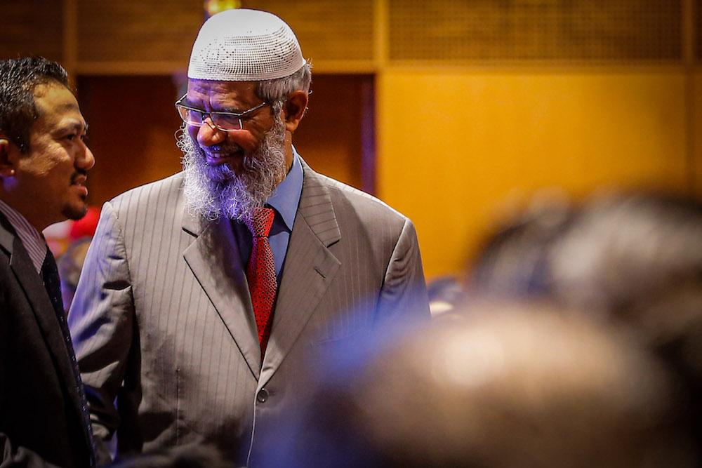 Dr Zakir Naik attends the Kuala Lumpur Summit 2019 in Kuala Lumpur December 19, 2019. — Picture by Hari Anggara