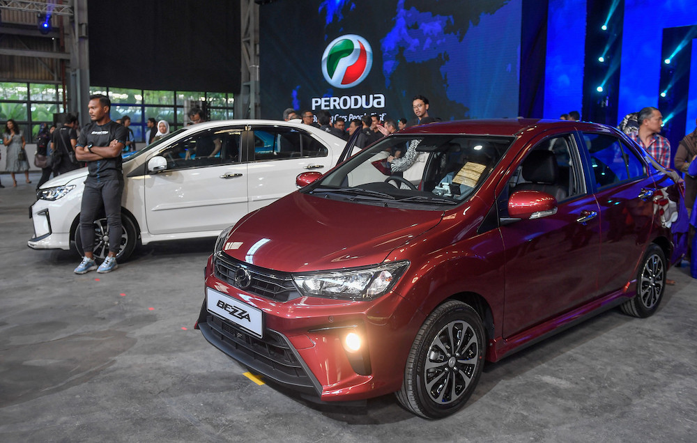 Perodua, according to MMA's numbers, enjoyed 41.6 per cent of the local market share with 220,163 units sold in 2020. — Bernama pic