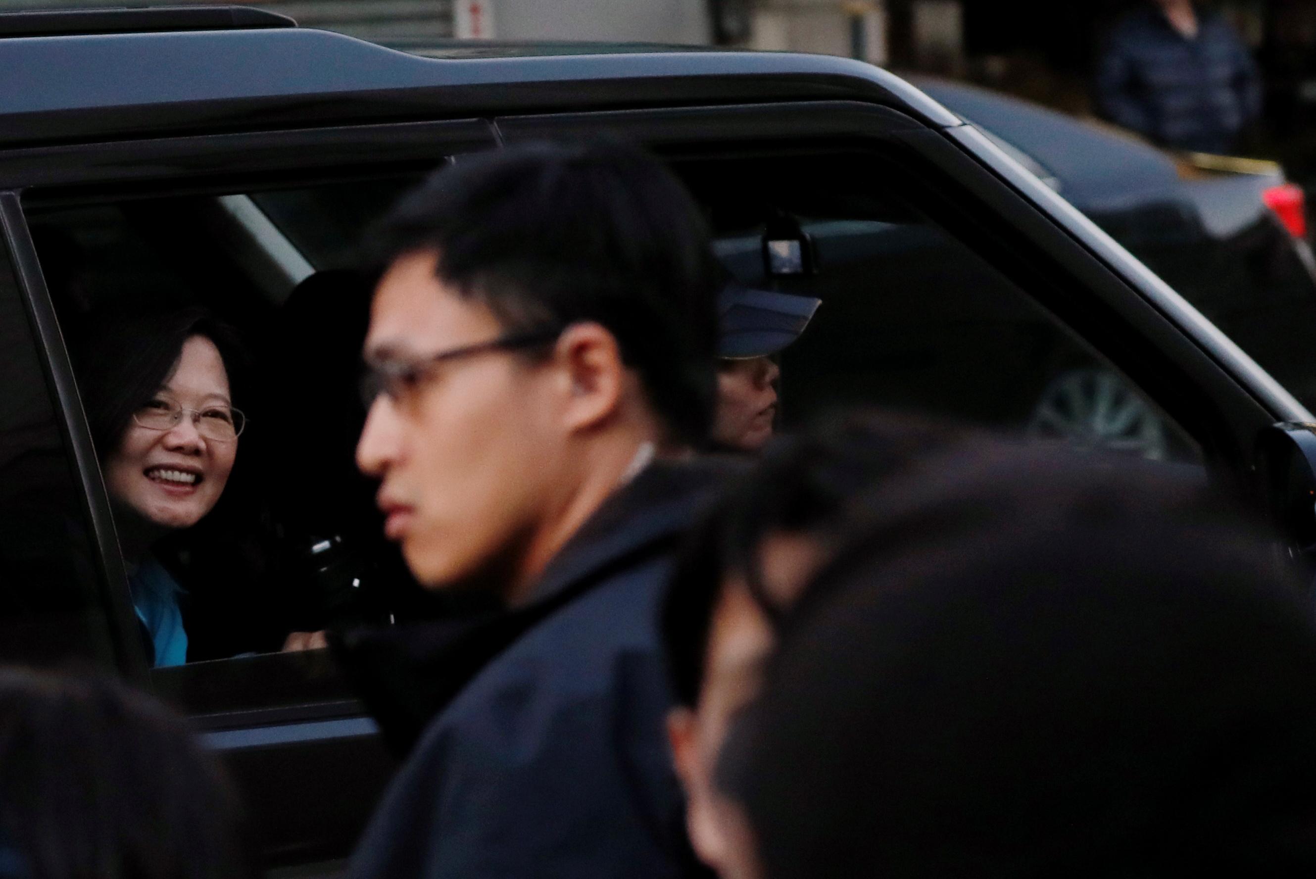 这次选举结果显示蔡英文采取坚定立场面对中国,获得台湾选民强烈支持。-路透社-