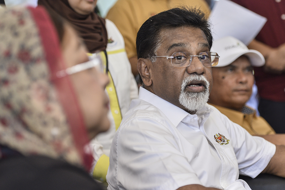 Water, Land and Natural Resources Minister Datuk Dr Xavier Jayakumar launches the Restoration, Reclamation and Rehabilitation Through Tree Planting Programme in Klang January 5, 2020. — Picture by Miera Zulyana