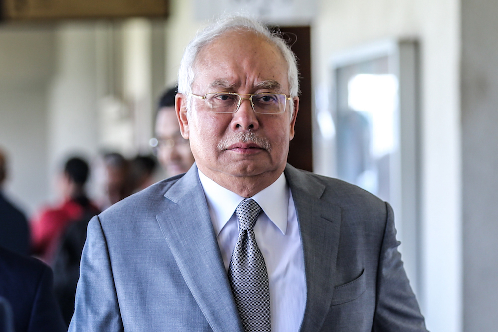 The money, which Jakel received from former Prime Minister Datuk Seri Najib Razak, was seized by MACC for allegedly linked to the 1Malaysia Development Berhad (1MDB) fund scandal. — Picture by Firdaus Latif