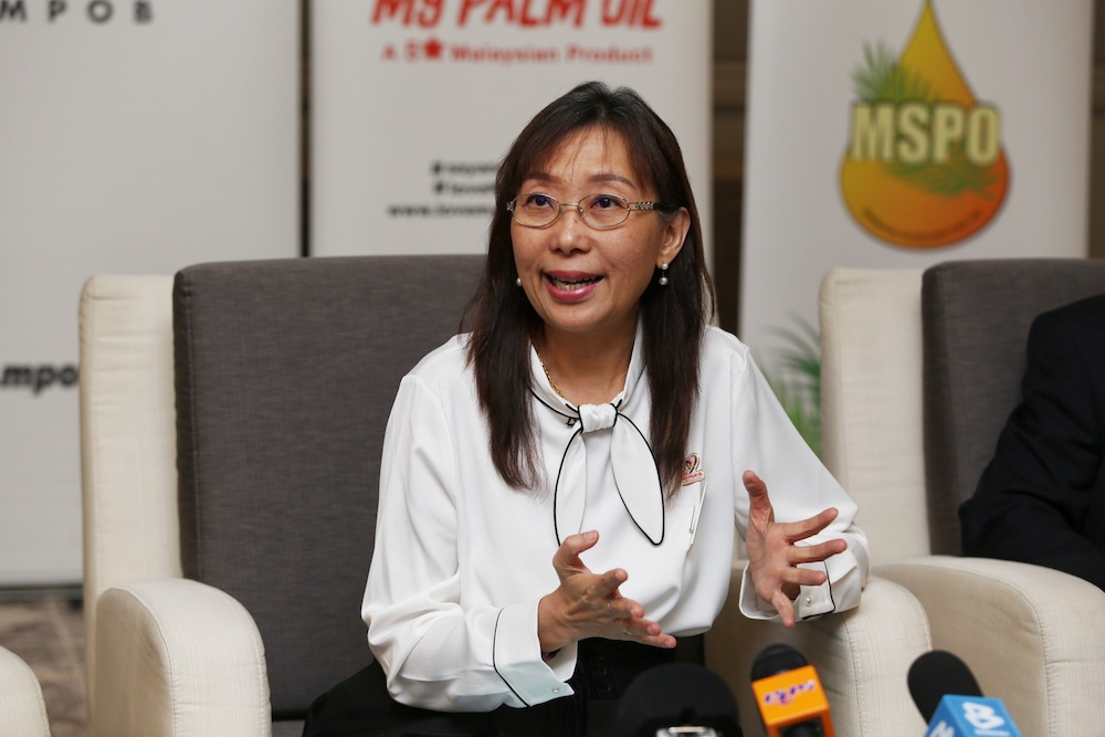 Primary Industries Minister Teresa Kok answers questions during a press conference after launching the Palm Oil Economic Review and Outlook Seminar 2020 in Kuala Lumpur January 16, 2020. — Picture by Choo Choy May