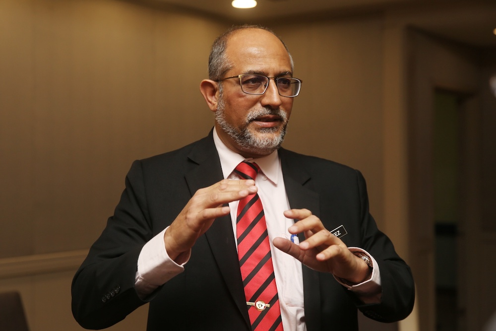 Malaysian Palm Oil Board (MPOB) director-general Ahmad Parveez Ghulam Kadir said in addition to this, 400 palm oil mills or 88.50 per cent had obtained the MSPO certification on June 30, 2020 compared with 340 palm oil mills or 75.2 per cent on December 31, 2019. — Picture by Choo Choy May