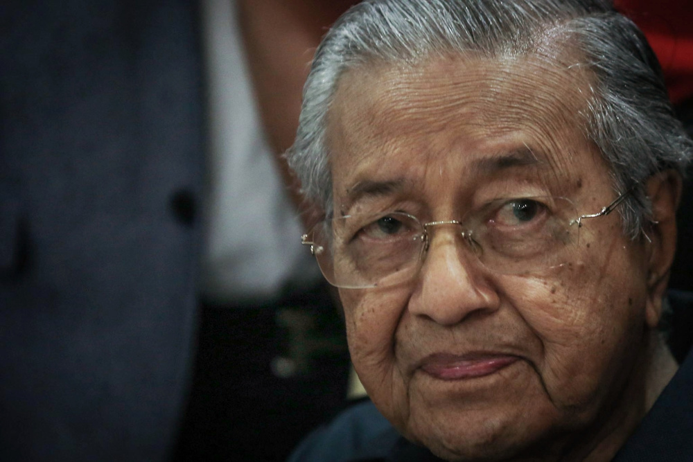 Former prime minister Tun Dr Mahathir Mohamad today called for a rejection of trade with Myanmar over its cruelty towards its Rohingya community. — Picture by Hari Anggara