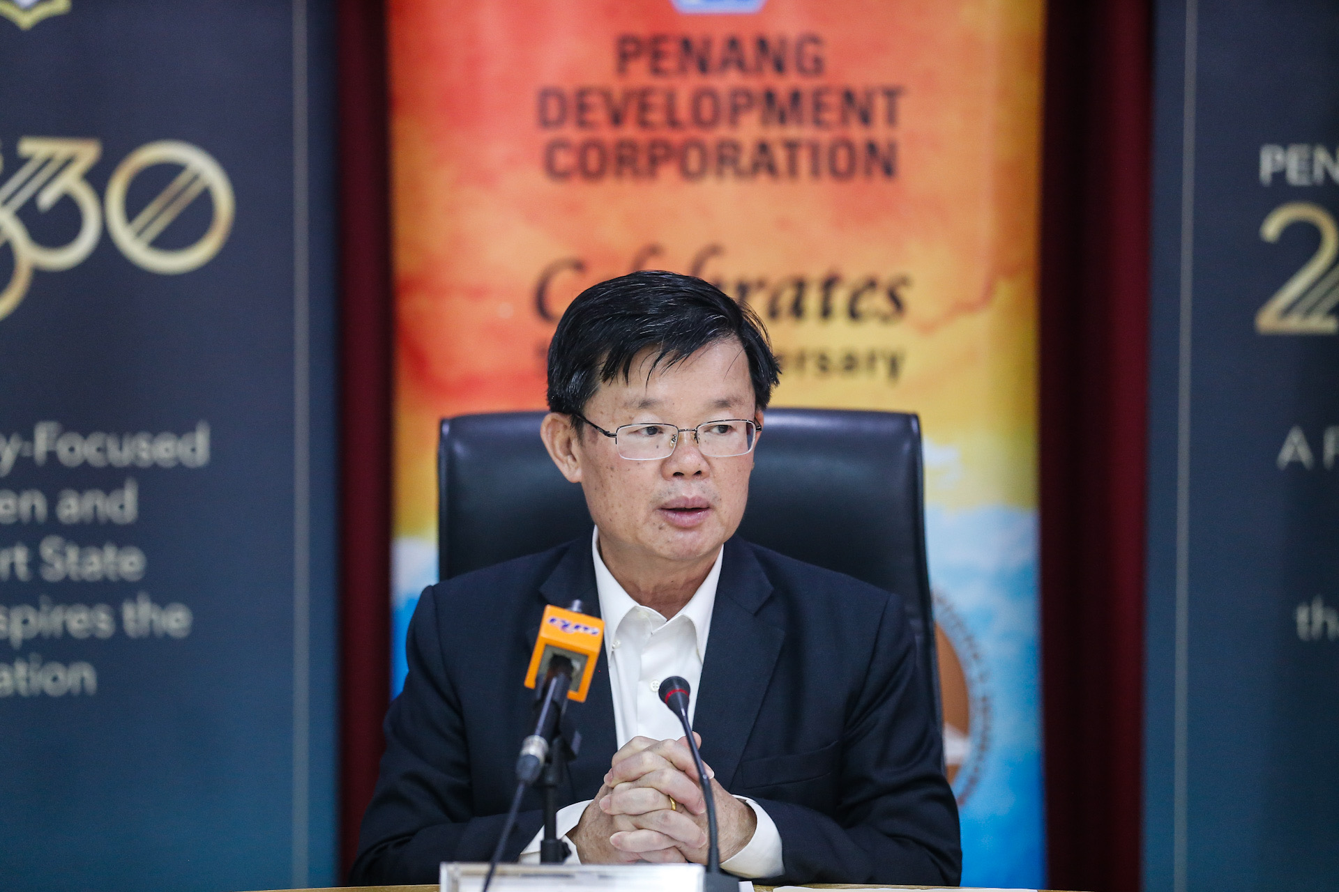 Penang Chief Minister Chow Kon Yeow speaks to the press during the agreement exchange between Penang Development Corporation and Biopolis Resources Sdn Bhd at Komtar January 20, 2020. — Picture by Sayuti Zainudin