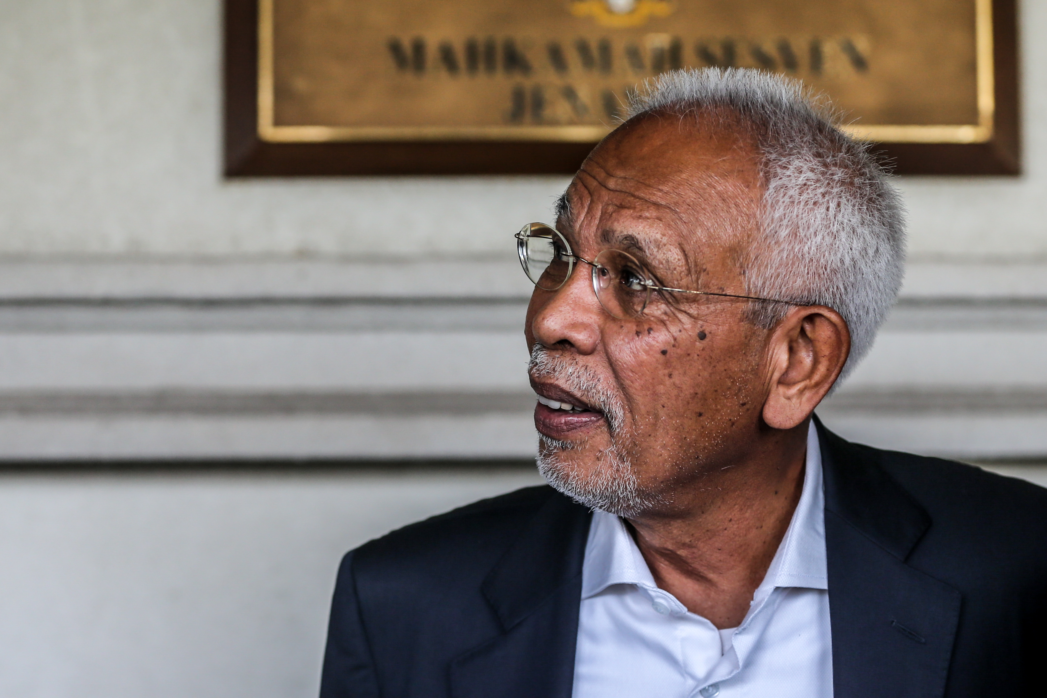 Tan Sri Shahrir Samad is pictured at the Kuala Lumpur High Court January 21, 2020. — Picture by Firdaus Latif