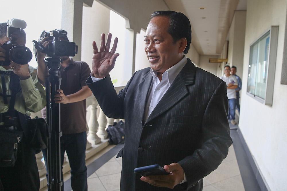 Datuk Seri Ahmad Maslan is pictured at the Kuala Lumpur High Court January 21, 2020. — Picture by Yusof Mat Isa