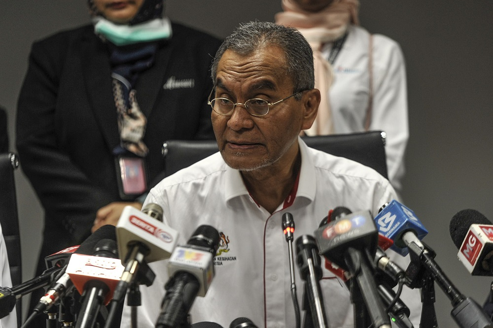 Health Minister Datuk Seri Dzulkefly Ahmad speaks to the media during a press conference after his visit to KLIA and KLIA 2 in Sepang January 27, 2020. — Picture by Shafwan Zaidon