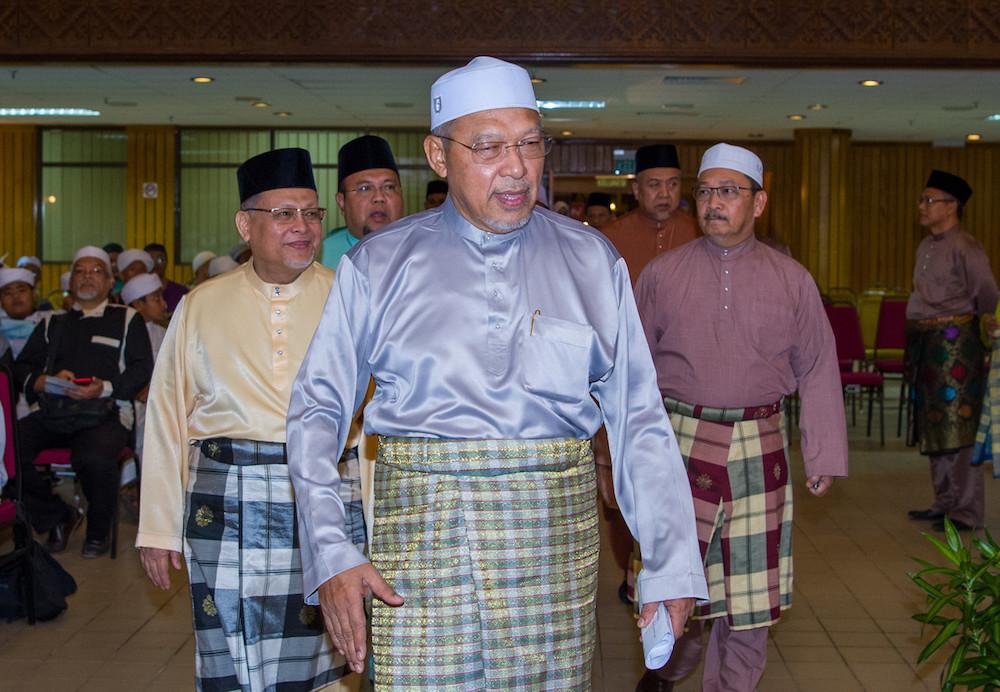 Kelantan Mentri Besar Datuk Ahmad Yakob said restaurants and other food premises in Kelantan are allowed to operate until 10pm beginning tomorrow. — Bernama pic