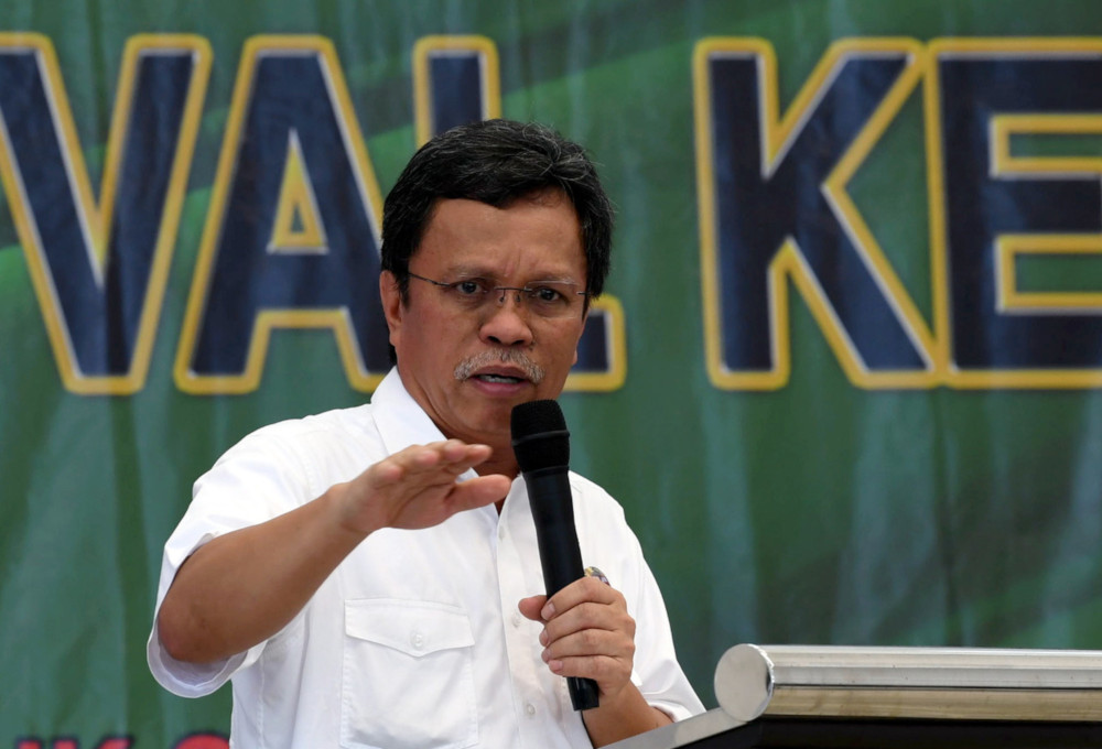 Shafie had earlier said that the state government will propose that the Sabah Temporary Pass be cancelled. — Bernama pic