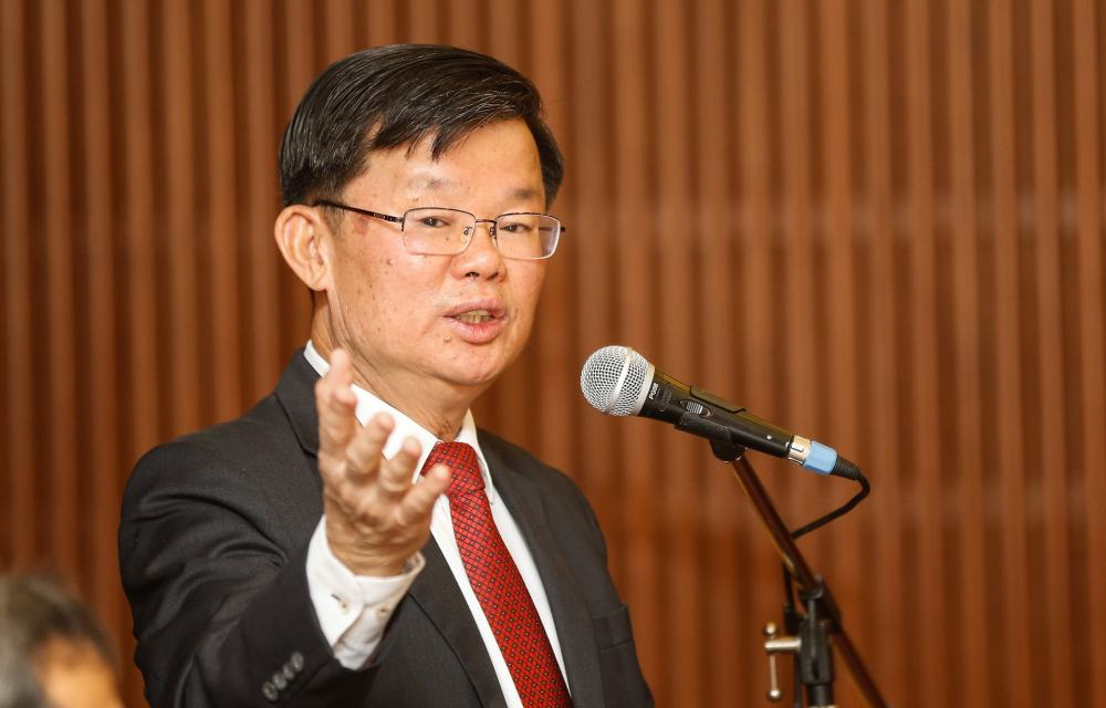 Penang Chief Minister Chow Kon Yeow said those under surveillance (PUS) should not negate the country's efforts to fight Covid-19 with their irresponsible behaviour. ― Picture by Sayuti Zainudin