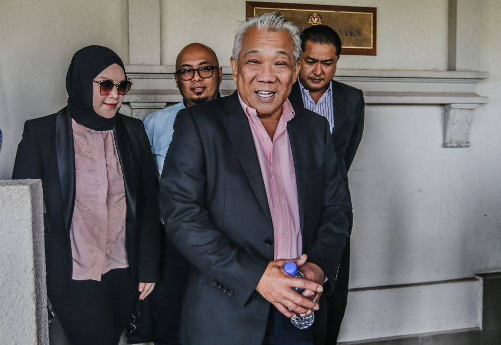Datuk Seri Bung Moktar Radin is pictured at the Kuala Lumpur Courts Complex January 2, 2020. — Picture by Firdaus Latif