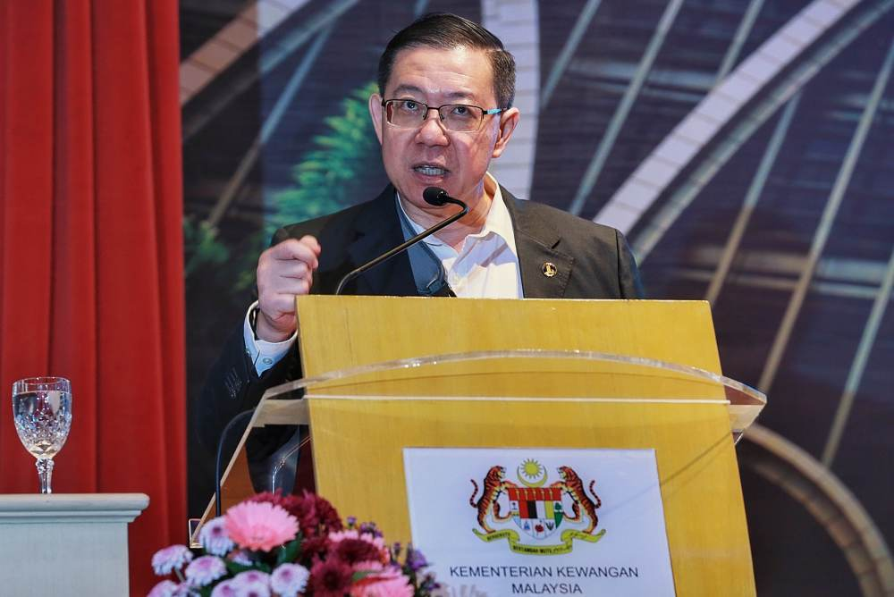 Finance Minister Lim Guan Eng says the government is studying amending the penalty for motorists found guilty for driving under the influence of alcohol and drugs. ― Picture by Ahmad Zamzahuri