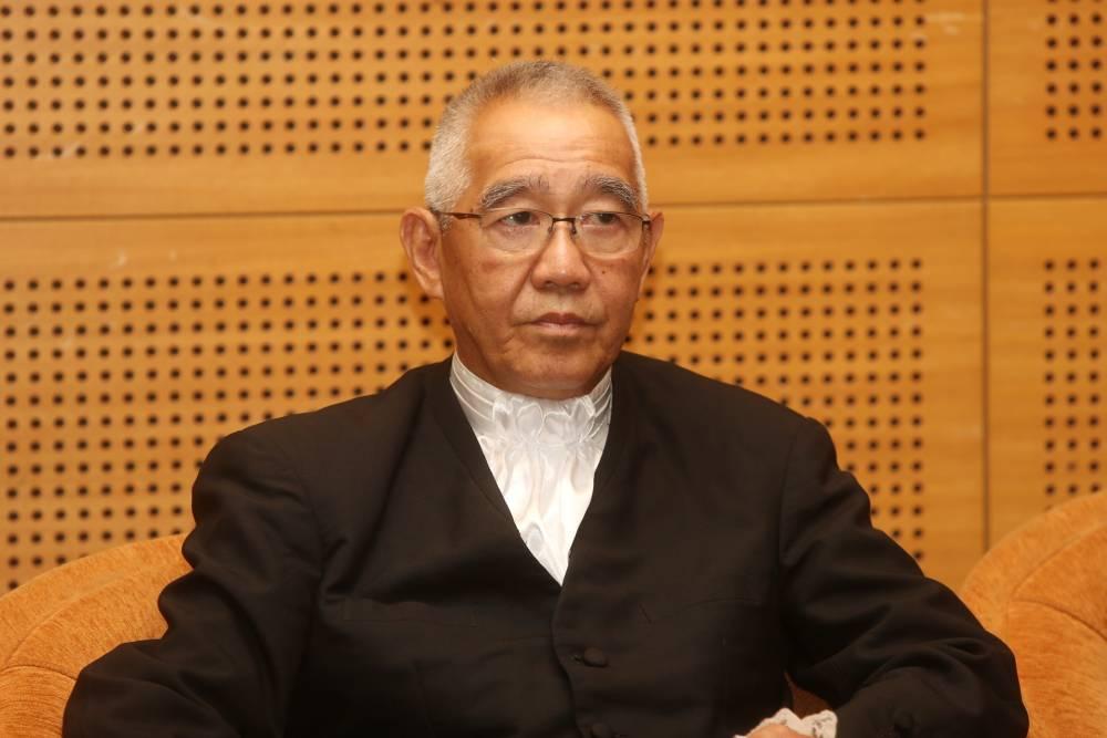 Chief Judge of Sabah and Sarawak Tan Sri David Wong Dak Wah speaks during a press conference in Putrajaya January 10, 2020. ― Picture by Choo Choy May