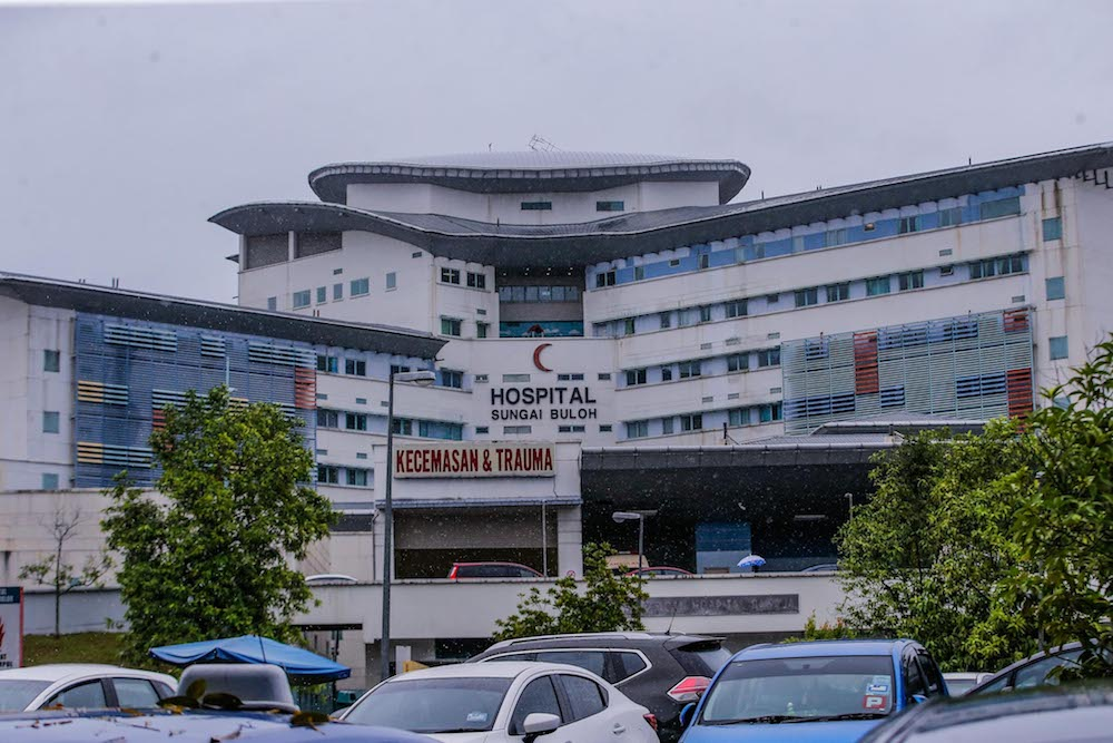 The National Referral Centre for Infectious Diseases at the Sungai Buloh Hospital has led the country's responses to various outbreaks ranging from Influenza A virus in 2009, bird flu infections and swine flu. — Picture by Hari Anggara
