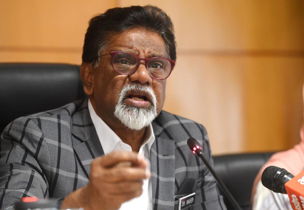 Datuk Dr Xavier Jayakumar speaks at a press conference in Putrajaya January 28, 2020. — Bernama pic