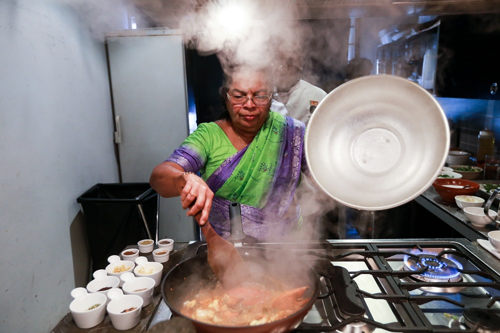 Parvathy explained that there was always a 'high demand' for her food whenever she came down to KL, as many would fall in love with her authentic Sri Lankan dishes.