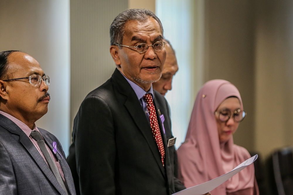 Health Minister Datuk Seri Dzulkefly Ahmad speaks during a press conference in Kuala Lumpur February 4, 2020. — Picture by Firdaus Latif
