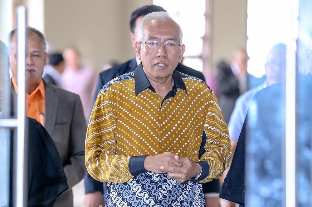 Datuk Seri Mahdzir Khalid arrives at the Kuala Lumpur High Court February 10, 2020. — Picture by Firdaus Latif