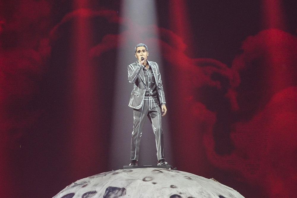 Naim Daniel performing at the 34th Anugerah Juara Lagu at Axiata Arena in Bukit Jalil, February 9, 2020. — Picture by Shafwan Zaidon