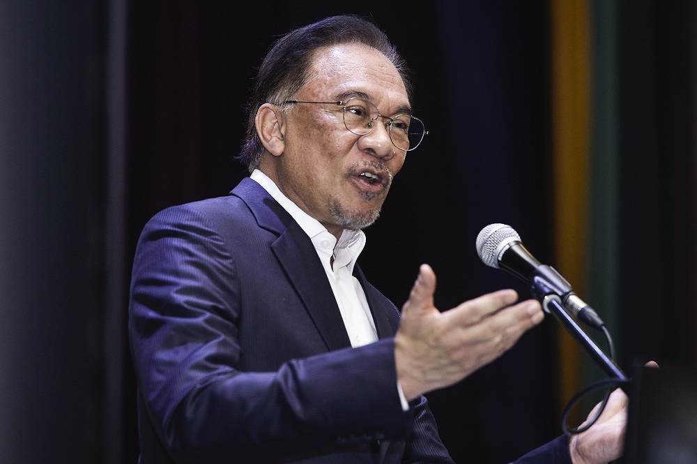Datuk Seri Anwar Ibrahim described the measure as 'excesses and nonsense' which must be stopped, especially in light of the near-economic emergency that Malaysia is facing due to the ongoing Covid-19 pandemic. — Picture by Miera Zulyana