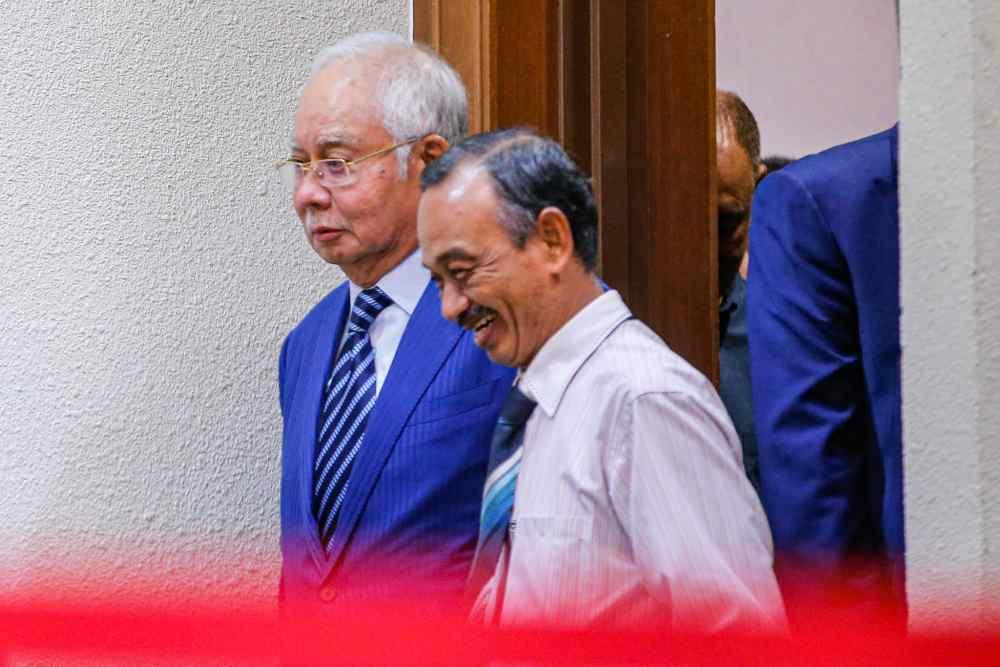 Datuk Seri Najib Razak is seen at the Kuala Lumpur Court Complex on February 4, 2020. ― Picture by Hari Anggara