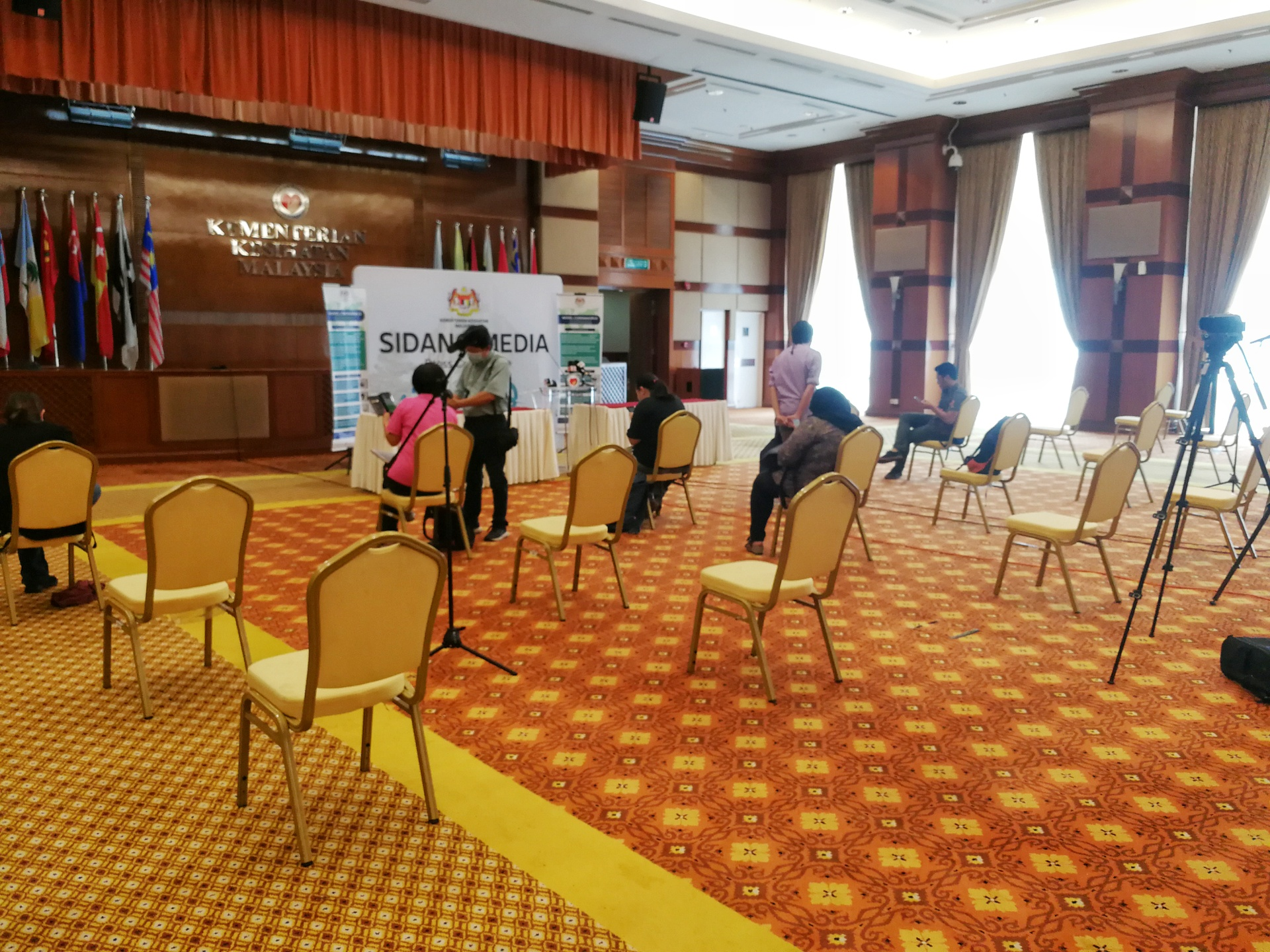 A general view of the seating arrangement for reporters ahead of a Health Ministry press conference in Putrajaya March 19, 2020. — Picture by Choo Choy May