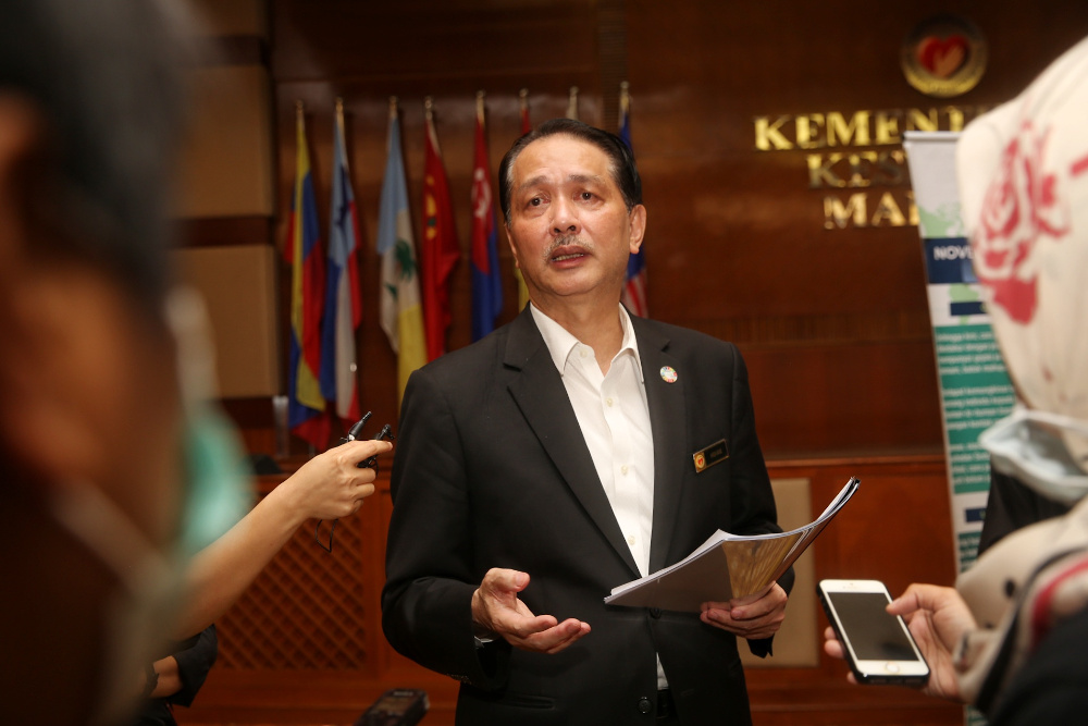 Health director-general Datuk Dr Noor Hisham Abdullah said the ministry has stopped administering malaria medication hydroxychloroquine on Covid-19 patients, seeing that it has no effect on those infected with the pandemic. — Picture by Choo Choy May