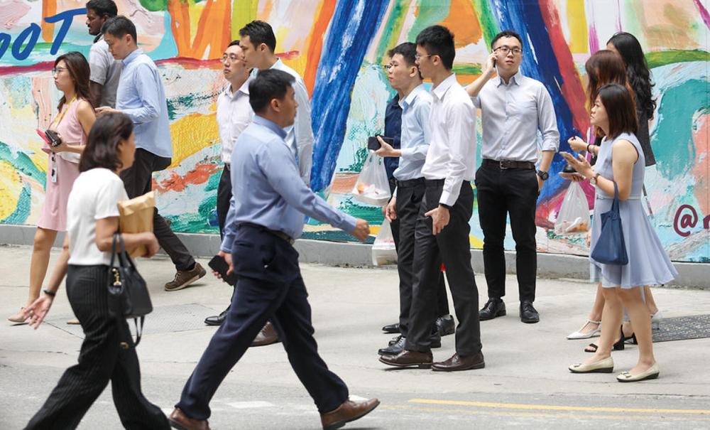 """新加坡政府宣布的""""同舟共济预算案"""",目标是进一步救济下来一个月须停工或受新防疫措施影响的企业、员工与家庭。-TODAY-"""