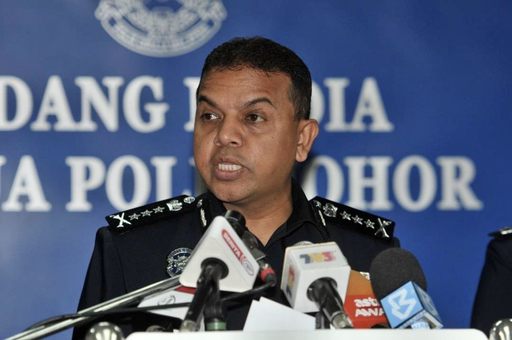 Datuk Ayob Khan Mydin Pitchay said Johor police have busted a syndicate for providing bank accounts to scammers with the arrest of 10 members last Wednesday. — Picture courtesy of the Johor Police