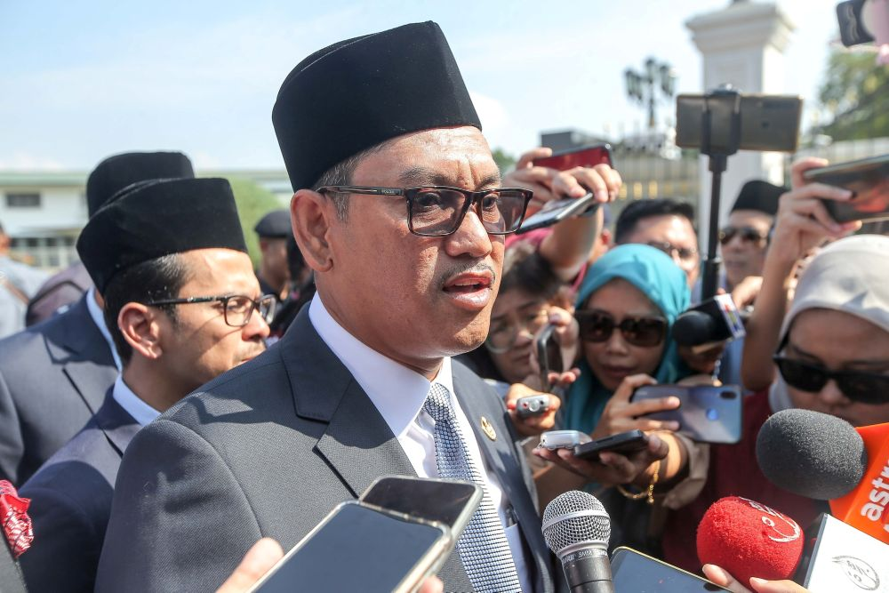 Perak MB Datuk Seri Ahmad Faizal Azumu says since the reopening of domestic tourism on June 10 until yesterday, 2,695 rooms from 58 hotels or 10 per cent hotels in the state had been booked. — Picture by Farhan Najib