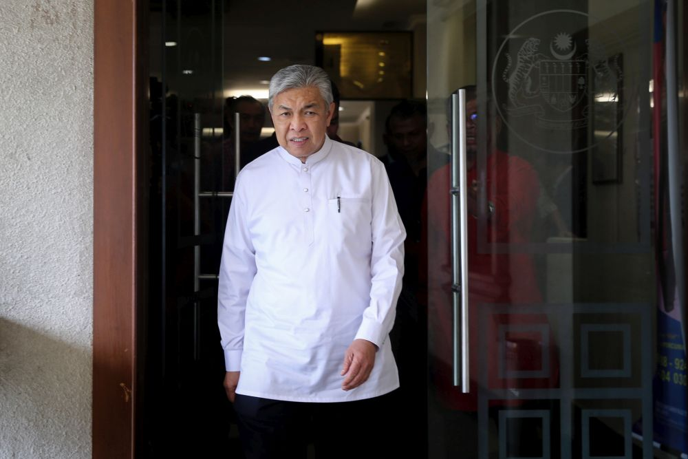 BN executive secretary Datuk Mohamad Sahfri Ab Aziz said Datuk Seri Ahmad Zahid Hamidi, who is Umno president, had also strictly pointed out that the confusion over the statement was due to errors made by an officer in the BN secretariat. — Picture by Yusof Mat Isa