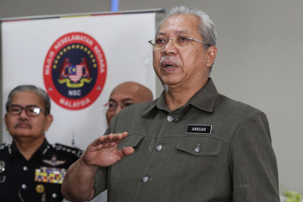 FT Minister Tan Sri Annuar Musa says construction work is not allowed at Taman Rimba Kiara pending the court disposal of a dispute over the building of nine apartment blocks on the land. ― Picture by Choo Choy May