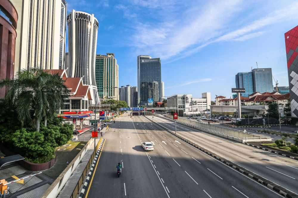 A general view of traffic on Jalan Tun Razak in Kuala Lumpur as the movement control order kicks in on March 18, 2020. — Picture by Firdaus Latif