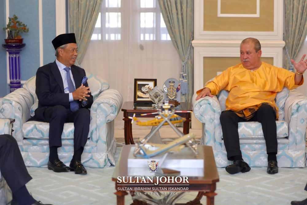 Johor's Sultan Ibrahim Sultan Iskandar had an audience with Prime Minister Tan Sri Muhyiddin Yassin today. ― Picture courtesy of Sultan Ibrahim Sultan Iskandar's Royal Press Office