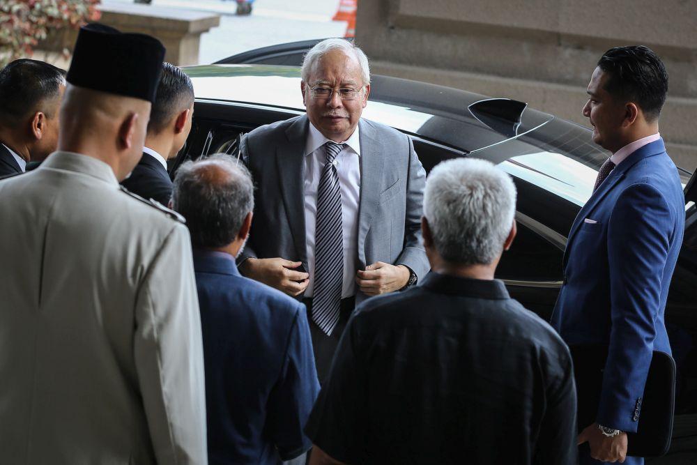 Datuk Seri Najib Razak arrives at the Kuala Lumpur High Court March 12, 2020. — Picture by Yusof Mat Isa