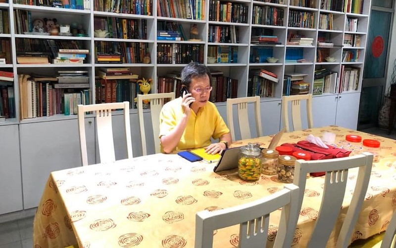 Sarawak Local Government and Housing Minister Datuk Sri Dr Sim Kui Hian working from home while undergoing self-quarantine, April 5, 2020. — Picture from Dr Sim's Facebook page