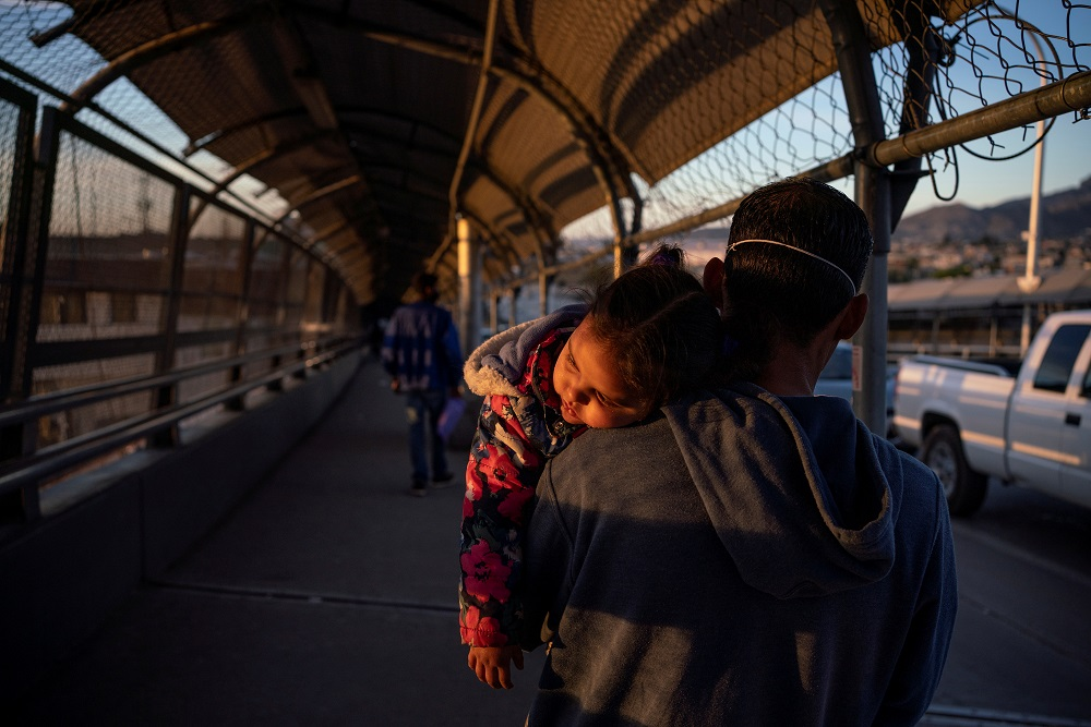 A migrant from Honduras returns to Ciudad Juarez after he had his family's court dates changed by Customs and Border Protection on the Paso del Norte International Bridge after court cancelations in Ciudad Juarez, Mexico April 20, 2020. — Reuters pic