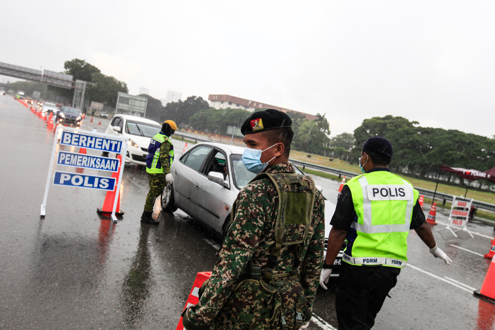 Putrajaya has indicated willingness to relax some travel restrictions despite having extended the movement control order (MCO), now at the tail-end of the third phase. The fourth phase will start April 28 last until May 12. — Picture by Sayuti Zainudin