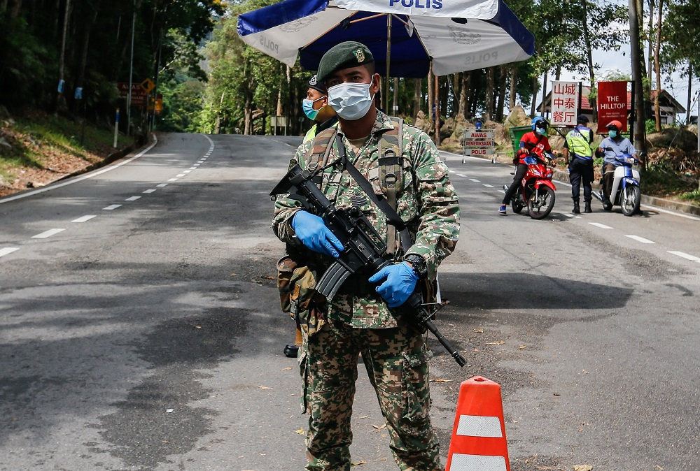 Senior Minister Datuk Seri Ismail Sabri said the government has formed a special task force, led by the armed forces, consisting of all uniformed agencies to closely monitor all entry points into the country. — Picture by Sayuti Zainudin