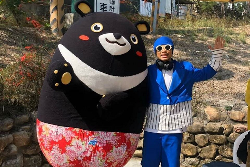Malaysian rapper Namewee's latest song 'Beyond The Edge' had been banned from being aired on Chinese airwaves. — Picture via Facebook/namewee