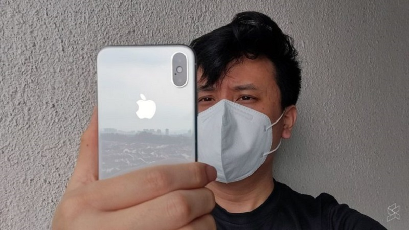 For the upcoming iOS 13.5, a new tweak was found on the beta version which allows you to skip Face ID altogether. If you're wearing a face mask, you'll see the keypad immediately on your iPhone. — SoyaCincau pic